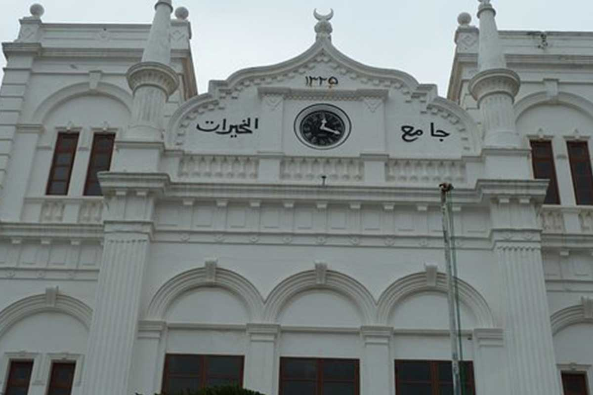 Visit Meera Mosque near 32 Middle Street Luxury Boutique Hotel