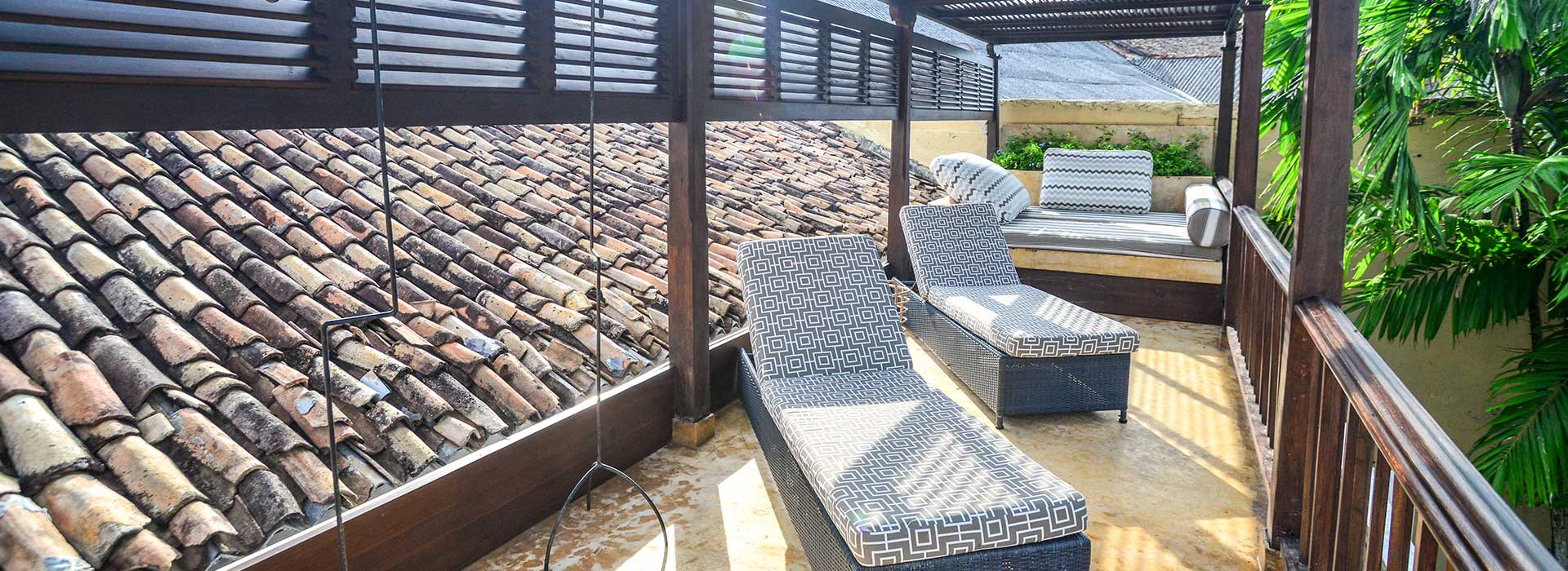 Luxury Stay at 32 Middle Street in Galle Fort