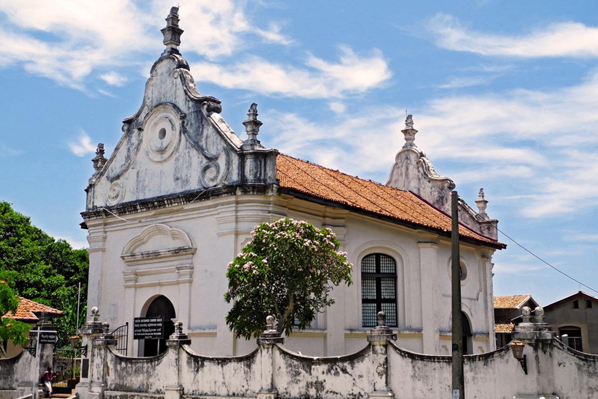 Visit the Dutch Reformed Church near 32 Middle Street Luxury Hotel